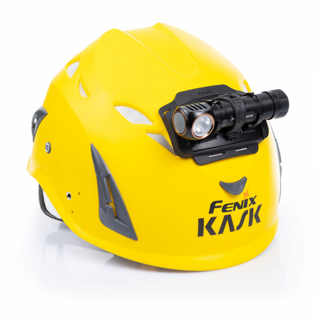 Fenix HM61R kypärälamppu